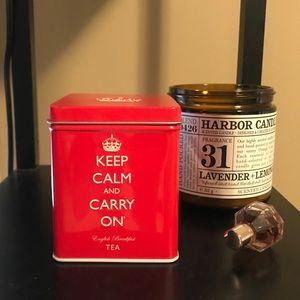 Keep Calm And Carry On Tea Tin 👑